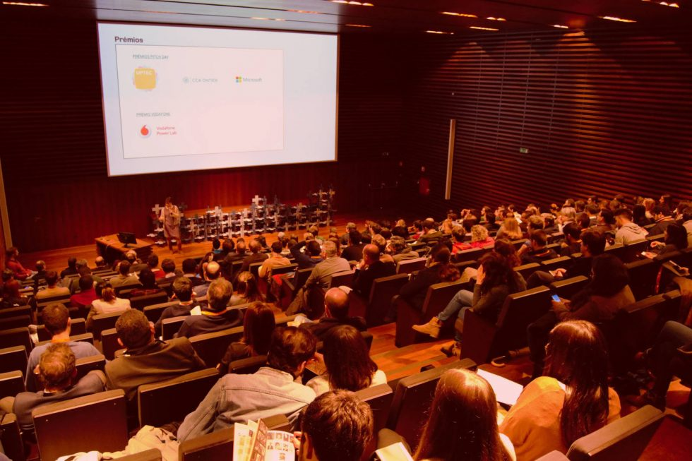 WeStoreONTEX Won School Of Startups' Pitch Day